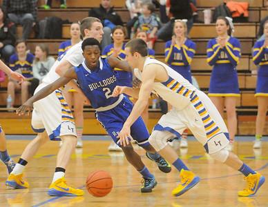 Riverside Brookfield at Lyons Township boys basketball