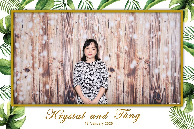Krystal-Tung-wedding-instant-print-photo-booth-in-Ho-Chi-Minh-City-Chup-hinh-lay-lien-Tiec-cuoi-WefieBox-Photobooth-Vietnam-009.jpg