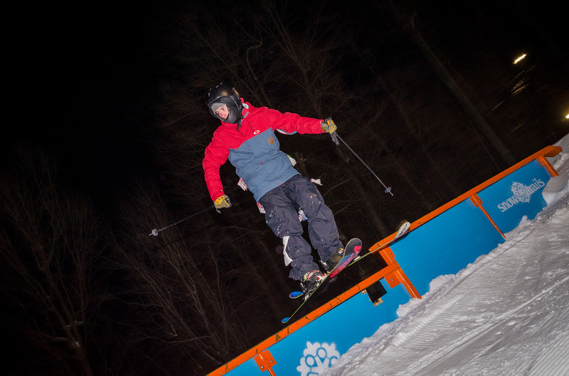 Nighttime-Rail-Jam_Snow-Trails-77.jpg