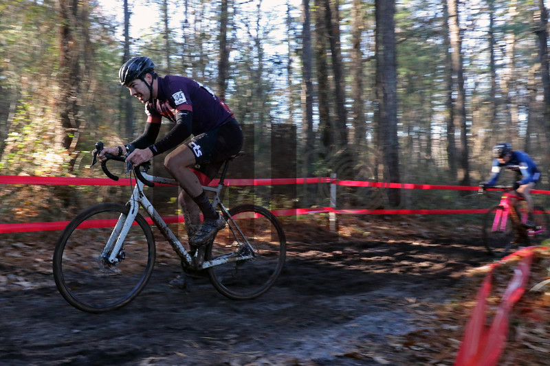 Walker Shaw (34) competes in the NC Cyclocross North Carolina Grand Prix at Jackson Park in Hendersonville, N.C., on Nov. 24, 2019