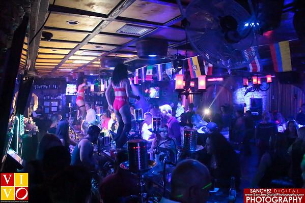 6-24-16 Vivo Lounge Music Is Life