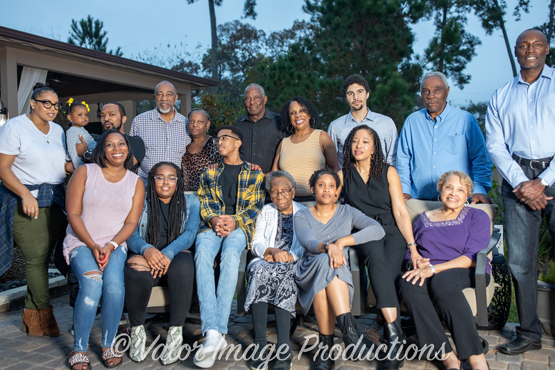 ©2019 Valor Image Productions Lewis Thanksgiving-15255.jpg