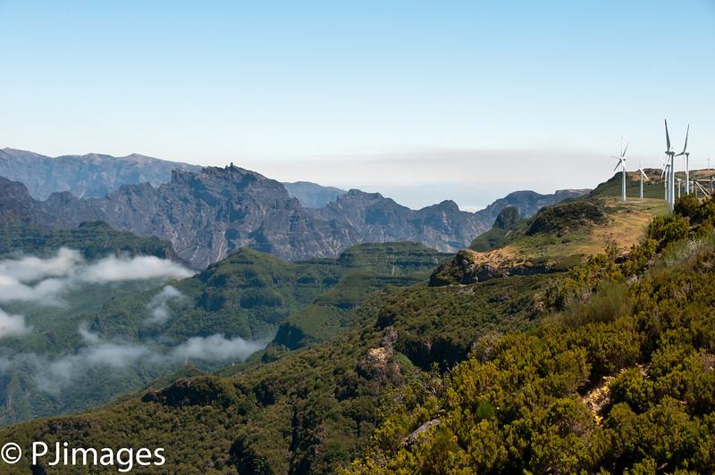214-Road_to_Paul_Da_Serra_Plateau-4539.jpg