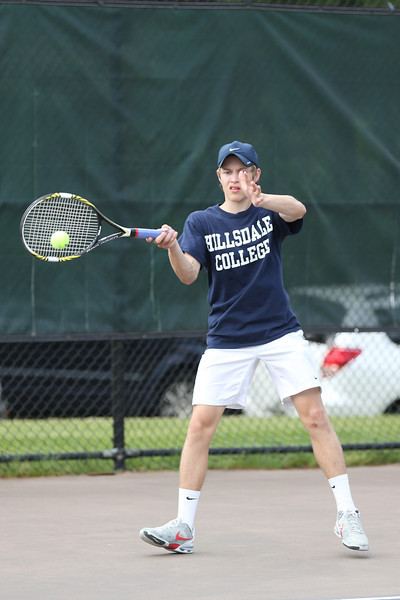 Covenant tennis drops Seton 2014