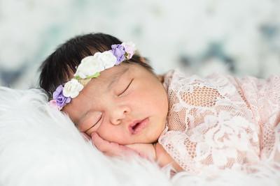 Maria Newborn 2