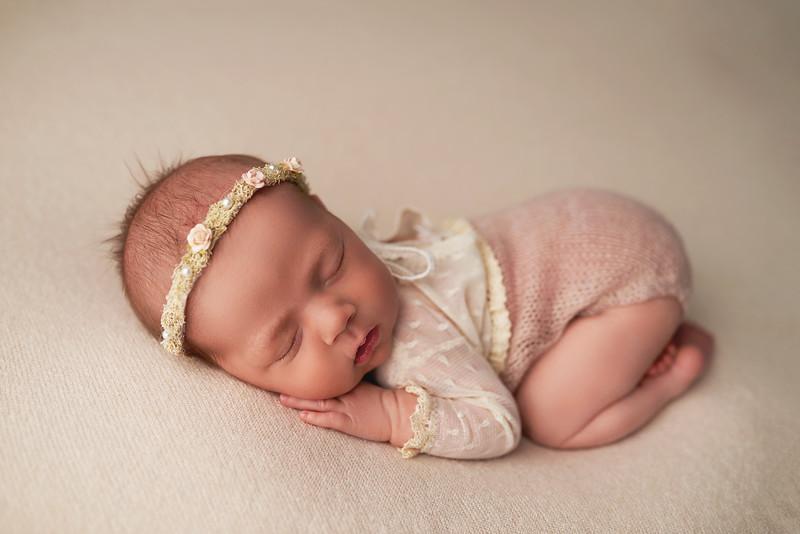 newbornphotostudiomarlton.jpg