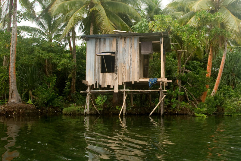 Shack on Lake Te Nggano, Rennell Island - Solomon Islands
