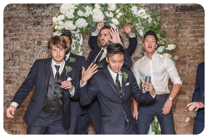Laren&Bob-Wedding-Photobooth-12.jpg