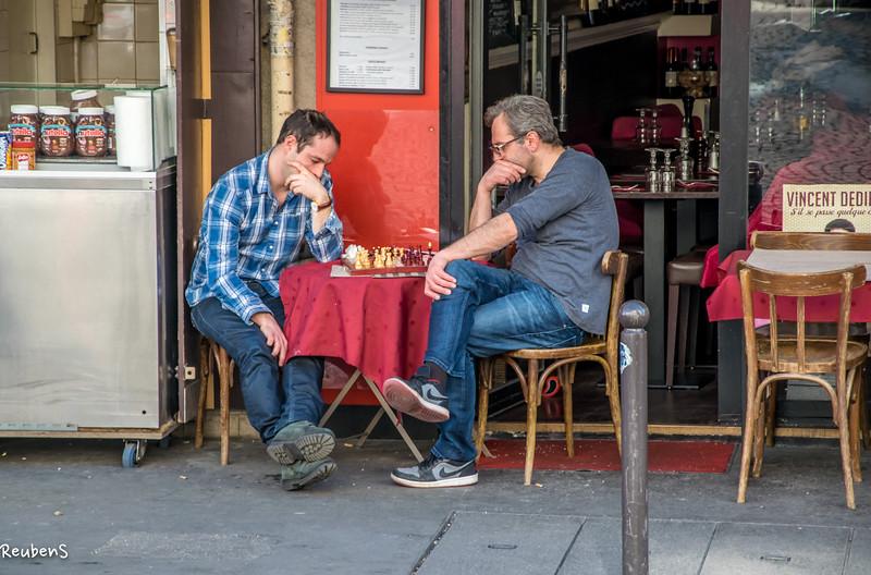 Chess game Paris.jpg