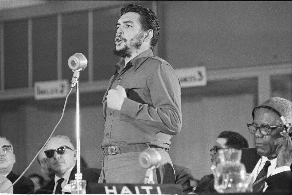 ". Cuba\'s Economic Minister, Ernesto ""Che\"" Guevara speaks before the afternoon session of the Inter-American Economic and Social Conference at Punta del Este, Uruguay, Aug. 8, 1961.  Guevara attacked Pres. John F. Kennedy\'s Alliance For Progress proposal during his two-hour, fifteen-minute speech.  (AP Photo)"