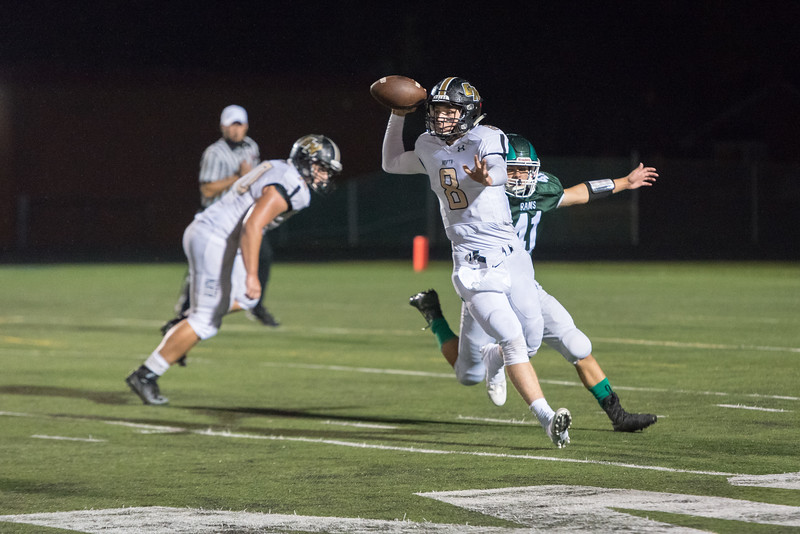Wk8 vs Grayslake North October 13, 2017-76-2.jpg