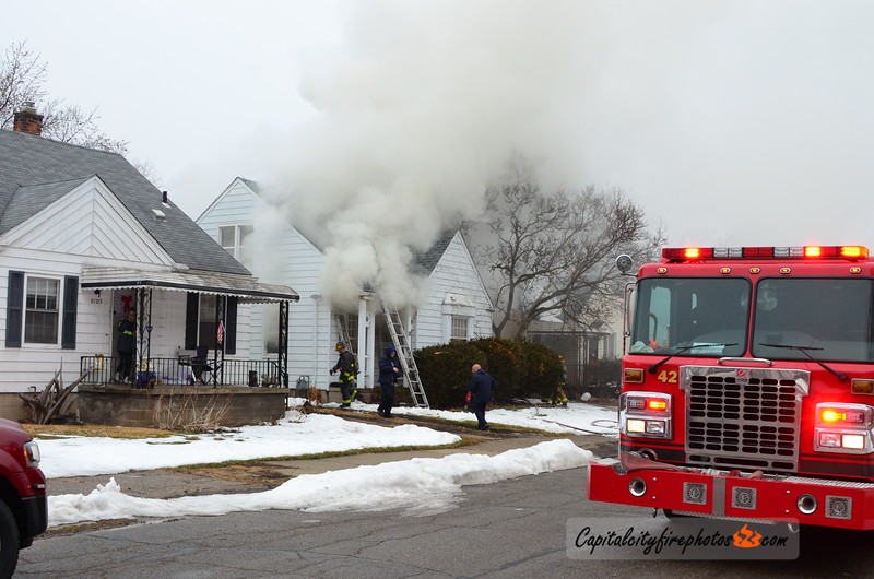 2/19/18 - 8120 Terry St - 1046 hours – Engines 42, 34, 40, Ladder 27, Squad 4, Chief 2. Ladder 27 reporting first engine will be stretching. Engine 34 stretched. Chief 2 had fire in a story and a half dwelling, holding all companies.