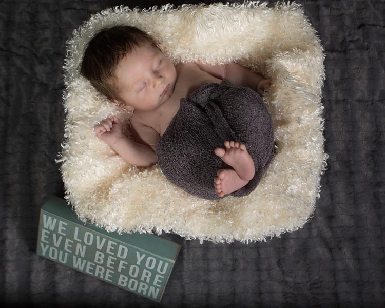 Benson newborn session-4.jpg
