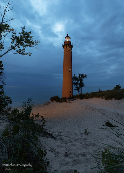 Dusk Little Sable Light 5004.jpg