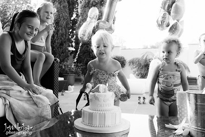 Olivia´s 2nd Birthday - Marbella (in black and white)