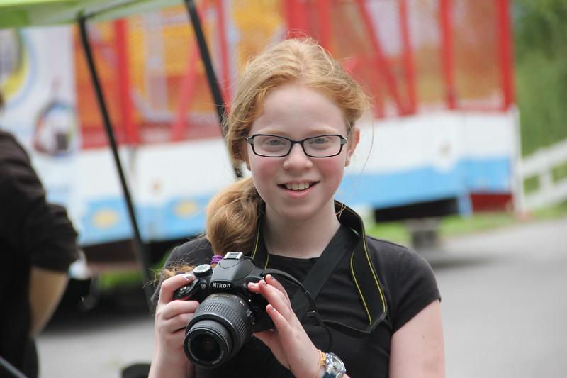 kars4kids_thezone_camp_GirlDivsion_workshops_Photography (17).JPG