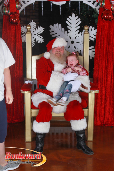 Santa 12-17-16-183.jpg