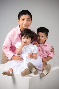 The Reyes Family Studio Session