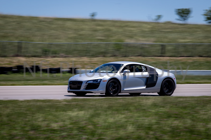Flat Out Group 2-359.jpg