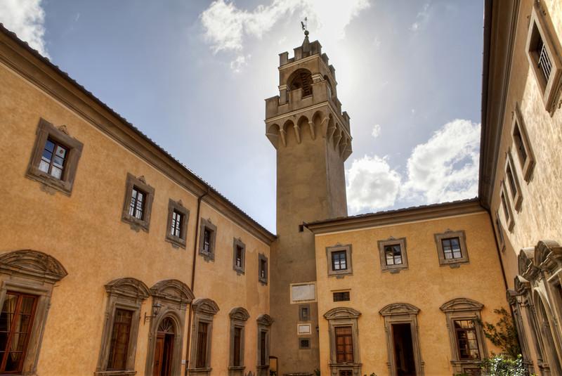 castello-di-montegufoni.jpg