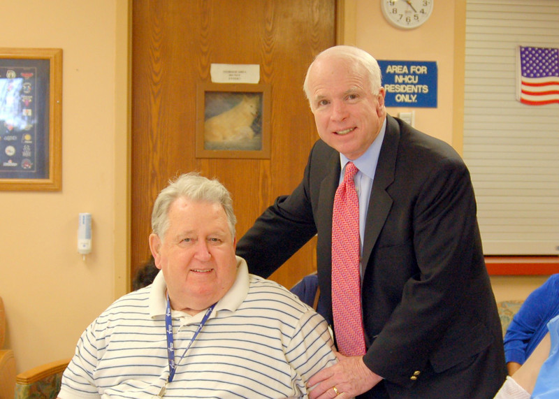 Sen McCain PVAHCS Visit 5-1-2010 5-24-52 PM.JPG