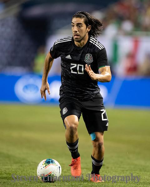 Rodolfo Pizarro #20