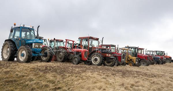 2018-04 North Lakes Tractor Road Run
