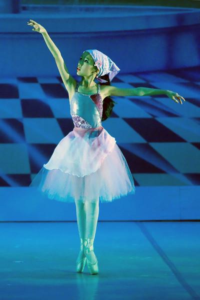 livie_dance_051714_16.jpg