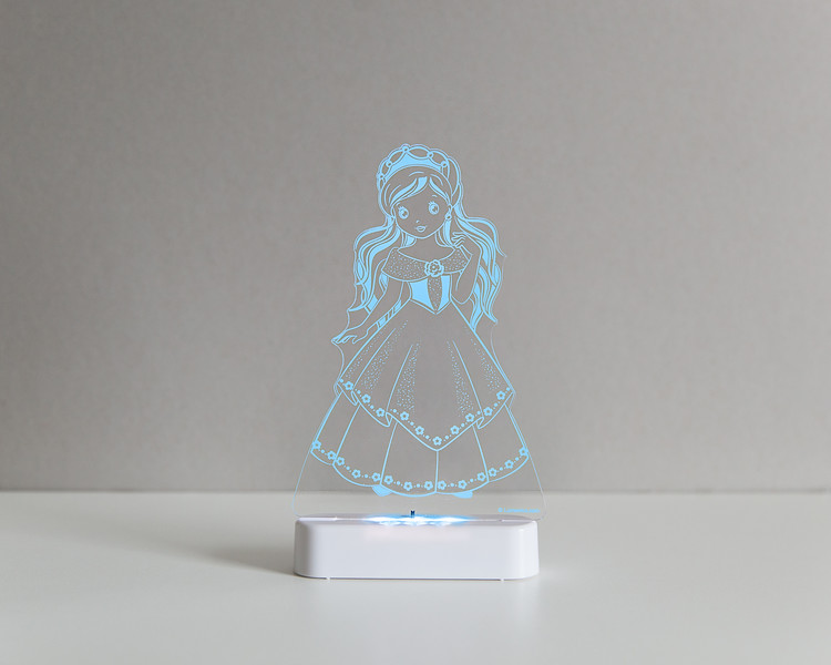 Aloka_Nightlight_Product_Shot_Princess_White_Bluesky.jpg
