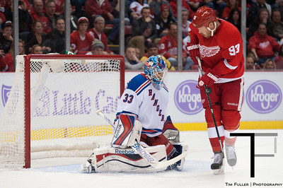 NHL: New York Rangers at Detroit Red Wings 10/26/13