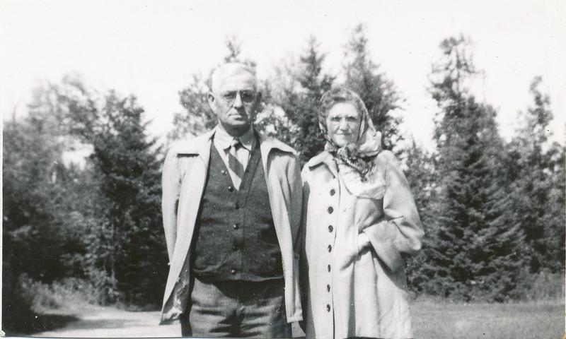 Orval & Ethel Clark (Eileen's Parents).jpg