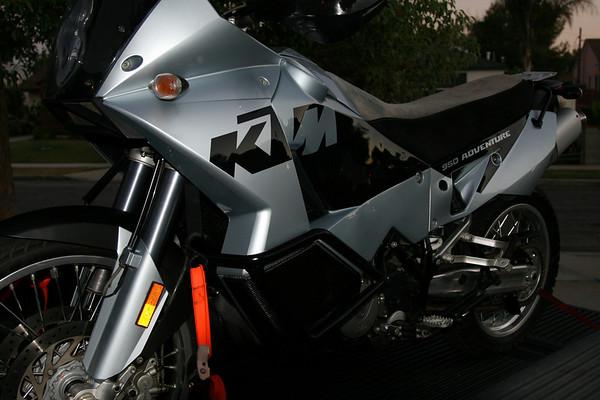 KTM950_022.JPG