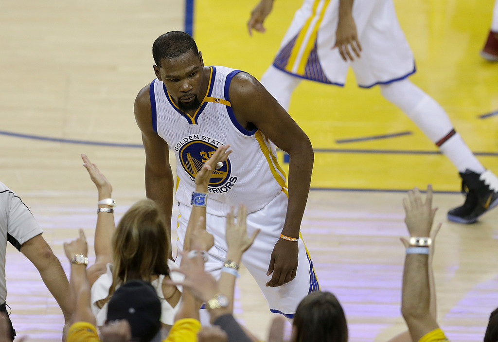 . Golden State Warriors forward Kevin Durant (35) against the Cleveland Cavaliers during the second half of Game 1 of basketball\'s NBA Finals in Oakland, Calif., Thursday, June 1, 2017. (AP Photo/Ben Margot)