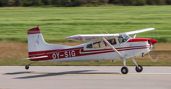 OY-SIG - Cessna 180J Skywagon