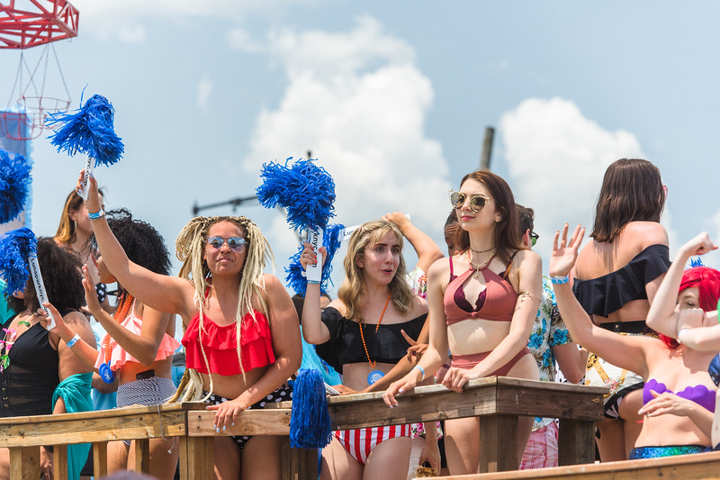 2019-06-22_Mermaid_Parade_1393.jpg