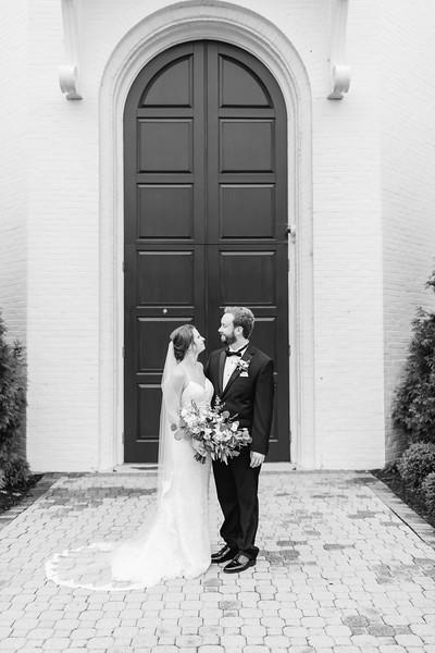 419_Ryan+Hannah_WeddingBW.jpg