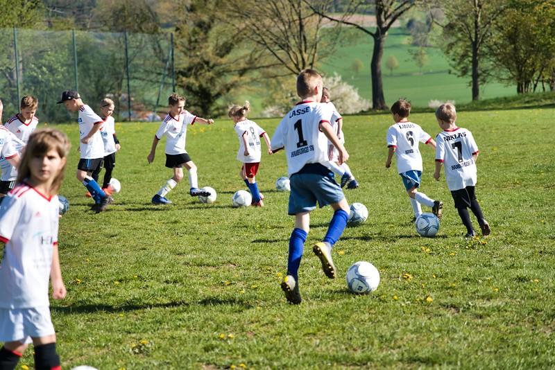 hsv-fussballschule---wochendendcamp-hannm-am-22-und-23042019-c-23_32787652697_o.jpg
