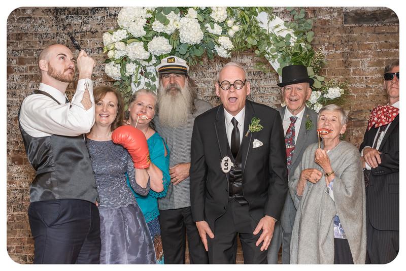 Laren&Bob-Wedding-Photobooth-79.jpg