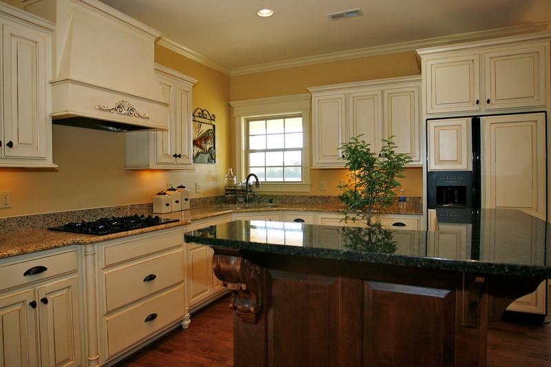 kitchen201.jpg