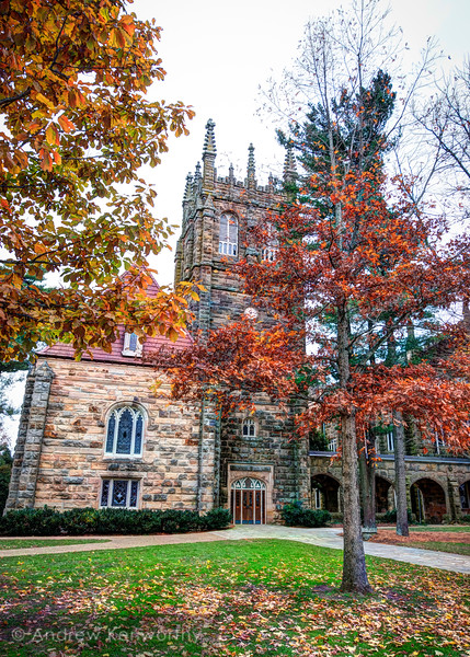 Sewanee Breslin Tower Fall 2.jpg