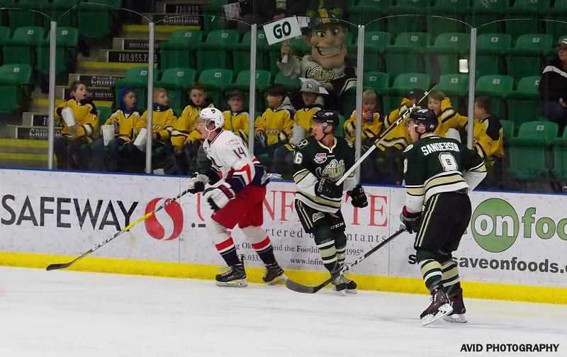 Okotoks Oilers vs Brooks Bandits Jan 5th.2018 AJHL (8).jpg