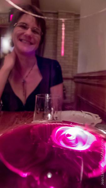 Wine  8')
