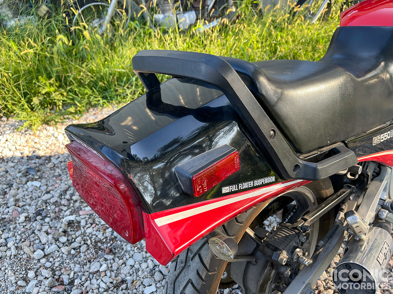 Suzuki GS550ES -  (4).jpg