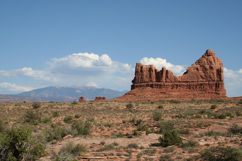 20080908-105 - Arches NP - 93 LaSal Mountains in Background.JPG
