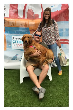 Main Street Festival dog photobooth