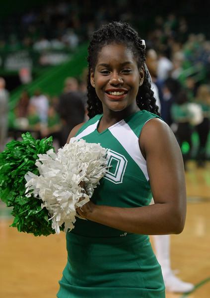 cheerleaders4354.jpg