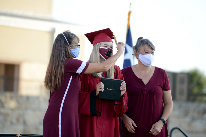 RHS-Graduation_004.jpg