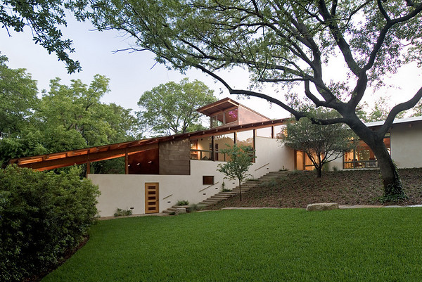 Bluffview Residence.   Architect:  Lake Flato, San Antonio.   2008 Honor Award from San Antonio AIA.