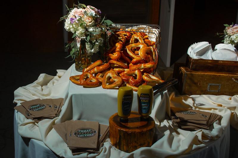 normandyfarm.wedding.sneakpeek.regangreg-55.jpg