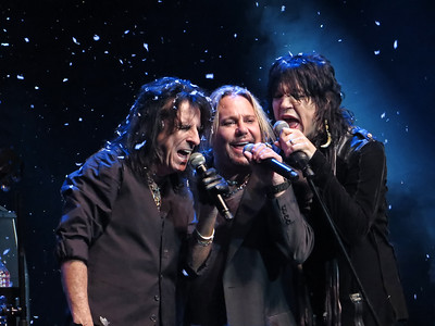 Alice Cooper's Christmas Pudding Charity Event